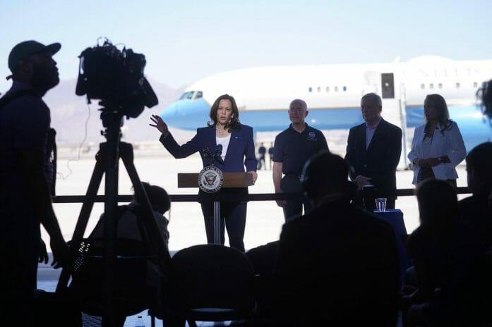 En esta nota informamos sobre la visita de la vicepresidente Kamala Harris a la frontera México Estados Unidos. La imagen corresponde al viaje.